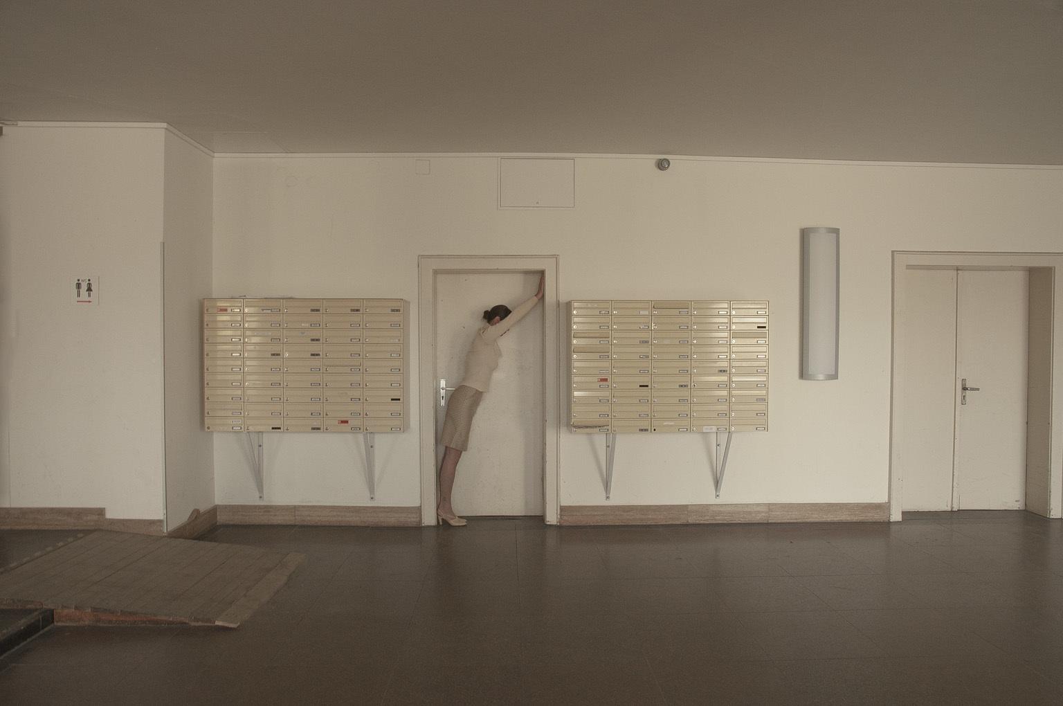 Inside/Outside - Alternative Perspective (c) Cristina Coral